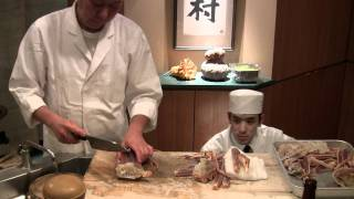 3 Michelin star Yukimura prepares a crab for wbpstars.com