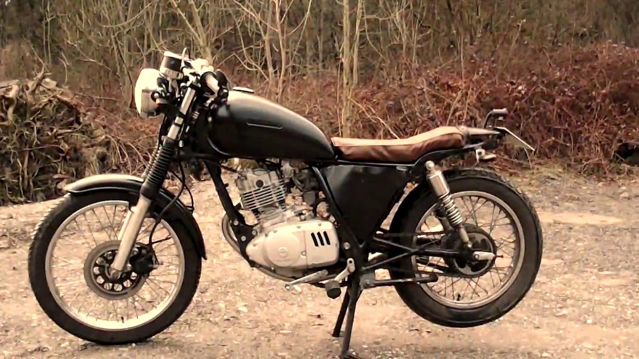 suzuki gn 125 cafe racer youtube. Black Bedroom Furniture Sets. Home Design Ideas