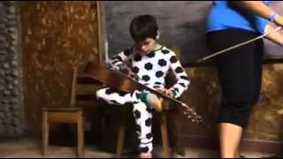 Autistic Boy Plays Robert Johnson Blues (Me & the Devil Blues)