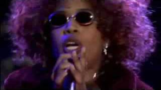 Macy Gray sings Big Mama Thornton