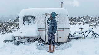 OFF-GRID BLIZZARD // 13ft Scamp Trailer