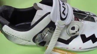 NorthWave MTB EXTREME TECH SBS - Велотуфли МТВ верхней линейки(Extreme TECH SBS – образец ультралегкой обуви. Легкость иногда может означать также гибкость или хрупкость. Но..., 2016-01-18T21:11:51.000Z)