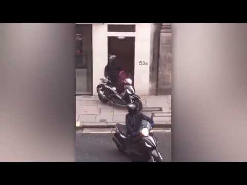 Moped gang armed with samurai sword and machete raid luxury watch store on London Fleet Street