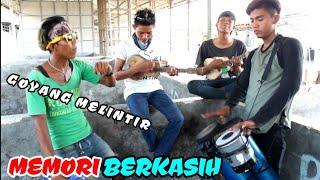 Memori Berkasih - Pengamen Alay Karangampel Goyang Melintir MP3