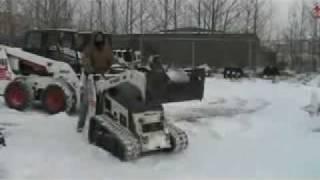 2005 Bobcat track loader demo