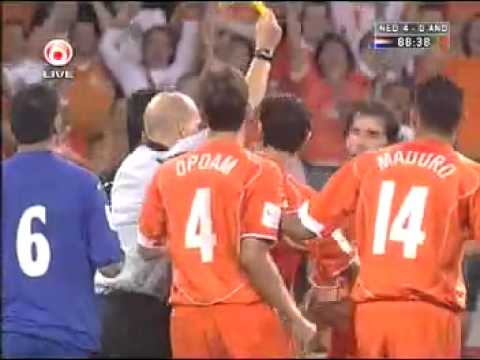 Ruud van Nistelrooy celebration vs Andorra