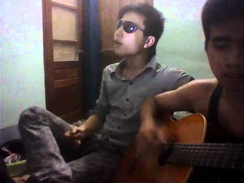 Mua thuy tinh guitar
