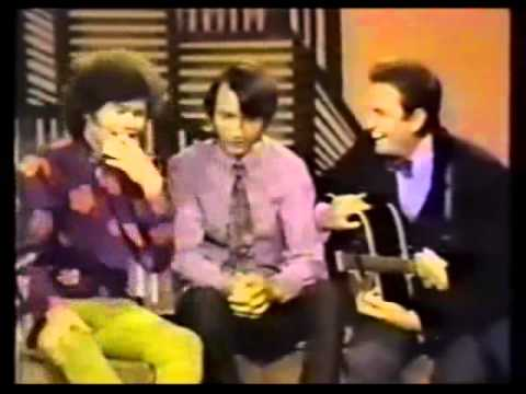 Monkees; Johnny Cash - Everybody Loves A Nut