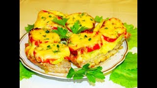 Мясо в духовке, соус и овощи делают его просто притягательным! Супер!