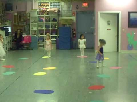Sumner's Dance Class - ballet game