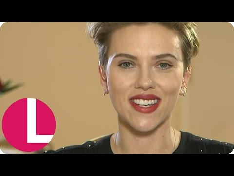 Scarlett Johansson on Women's Rights and Ghost in the Shell | Lorraine