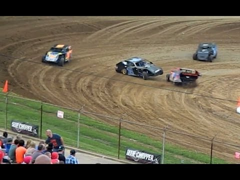 MODIFIEDS & LATE MODELS at Lincoln Park Speedway - Wild Dirt Track Action and Close Passes
