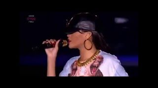 Rihanna Talk that talk feat Jay Z live at Hackney