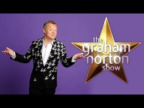The Graham Norton Show 13x06 Alan Sugar, Olivia Colman and Hugh Laurie