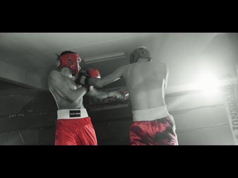 Deedz B & Deejay Telio - Debaixo de Olho (Video Oficial)