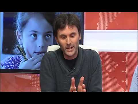 Entrevista Informativos «O futuro do galego está nas matemáticas» V Televisión (18/02/2015)