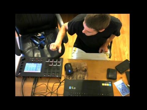 Ben MPC Touch Factory Sounds live beat production!