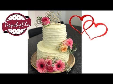 Hochzeitstorte Sahne Torte Mit Frischen Blumen Anleitung