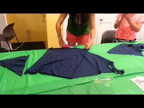 DIY HOW to make a no sew apron from a t-shirt