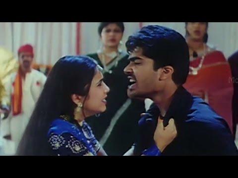 Love scene Between Charmee & Simbu    Kurradochadu Movie