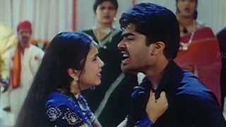 Love scene Between Charmee & Simbu || Kurradochadu Movie