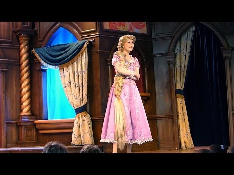 FULL SHOW Funny Princess Rapunzel (Tangled) at the Royal Theatre at Disneyland California 2014