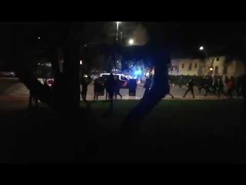 Disturbios en Gamonal por el toque de queda