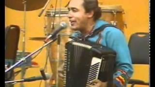 """Carlos Mejía Godoy y los de Palacagüina: """"Nicaragua, Nicaraguita"""" (en vivo)"""