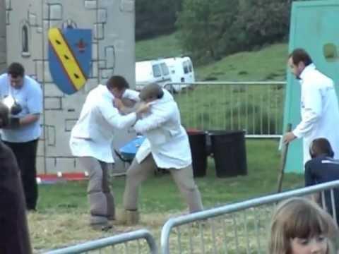 Robert Dover's Cotswold Olimpicks - Shin Kicking (2010)