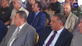 اعلن وزيرُ الزراعةِ  من منطقةِ أم البساتين عن افتتاحِ موسمِ عصر الزيتون - (19-10-2017)