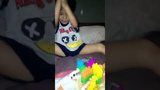 Fatih dgn mainannya(1)