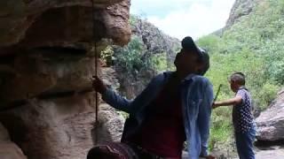 Destruyen pinturas rupestres en Victoria Guanajuato, México