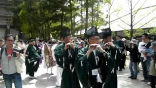 5月2日 奈良東大寺の聖武天皇祭.