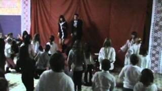 Минидискотека. Танец «Носа»(Детский центр «БМВ», 2012, 4 осенняя смена Выступление на детской вечеринке «Вышиванка пати» 27.12.2012 Страница..., 2013-01-03T22:12:22.000Z)