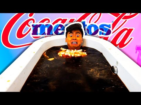 DIET COKE MENTOS BATH CHALLENGE!