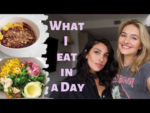 what-i-eat-in-a-day-as-a-model-|-ridiculously-healthy-tasty-recipes-|-sanne-+-anna