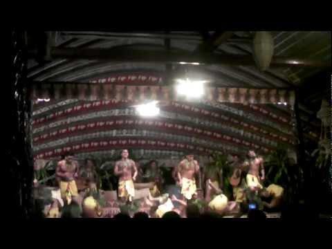 Samoa Aggie Grey's fiafia night - Lome lome
