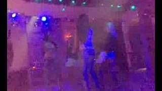 taksimde bir disco.. bu gece diskoda gönlüm hovarda..