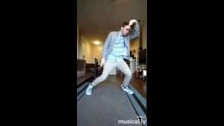 RainO Musical.ly- Hold Up 2017 Video