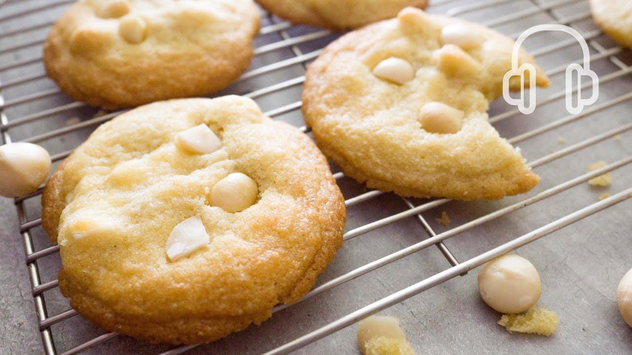 ホワイトチョコとマカダミアナッツのクッキーの作り方