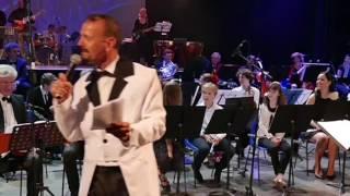 Joyeux anniversaire Daniel Altman de l'orchestre de l'Echo Musical Montfavet, Gala 2016 Resimi