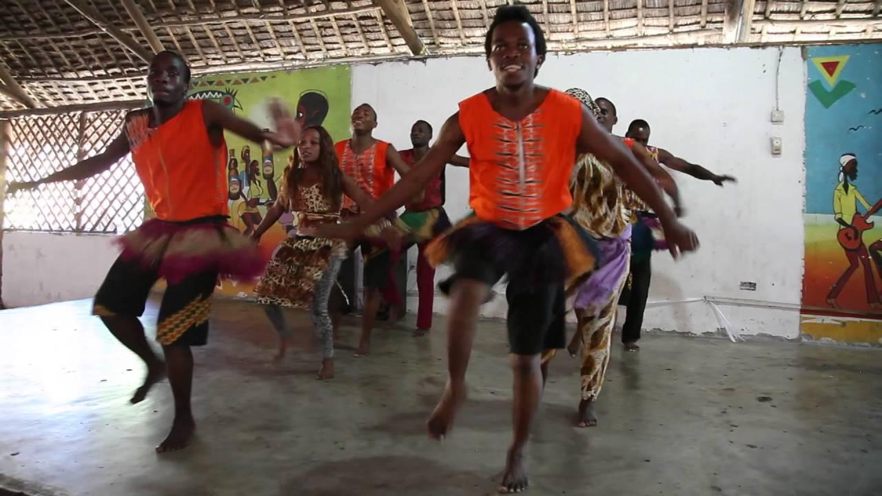 Traditional Haya Dance from Tanzania - YouTube