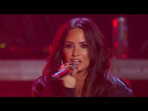 Demi Lovato - Sorry Not Sorry (Live at...
