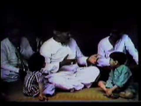 Bismillah Khan sings Miya Ki Todi