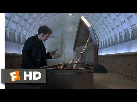 Dracula 2000 (2/12) Movie CLIP -...