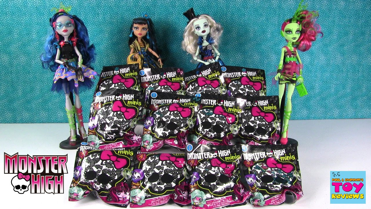 Monster High Minis Series 1 Surprise Present Blind Bag