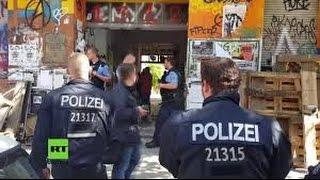 """Polizeigewalt Deutschland - Polizeiwillkür in der Rigaer Str. Geschichte eines """"Gefahrengebietes"""""""