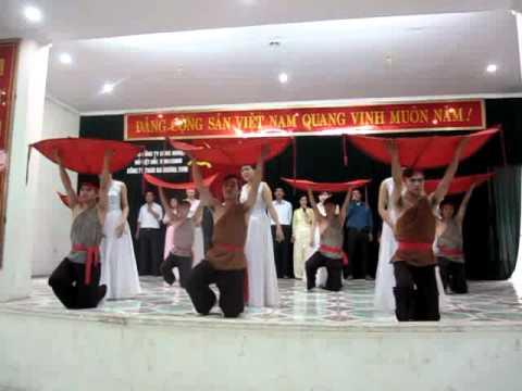 Múa Những Thiên Thần Đất mẹ Việt Nam
