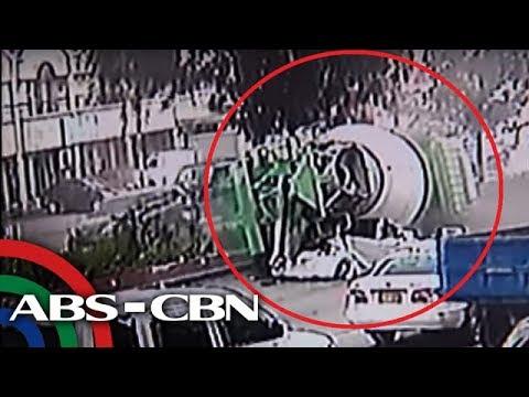 Bandila: Driver ng kotseng nadaganan ng cement mixer, patay