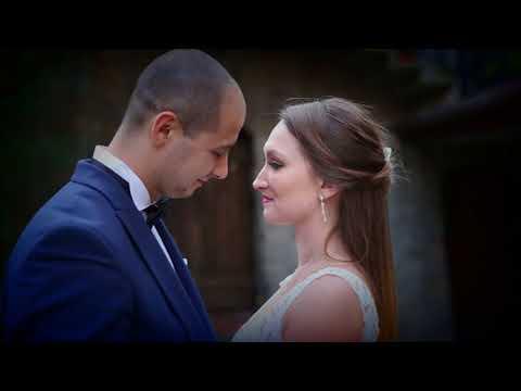 Jesienny Sandomierz i młoda para